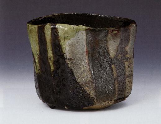 十五代楽吉左衛門「黒筒茶碗 銘 松の縁」