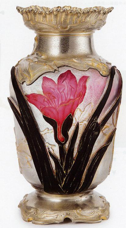 ドーム「百合文花瓶」